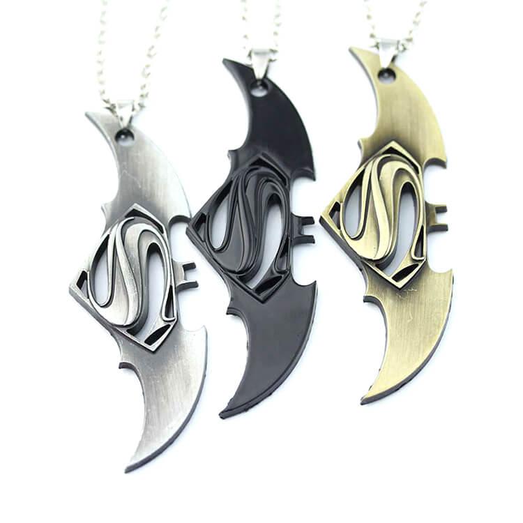 marvelsupermanbatman_necklace