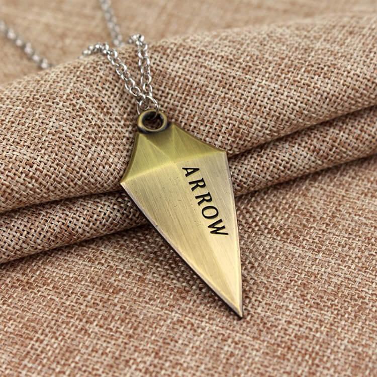 green-arrow-logo-necklace-2